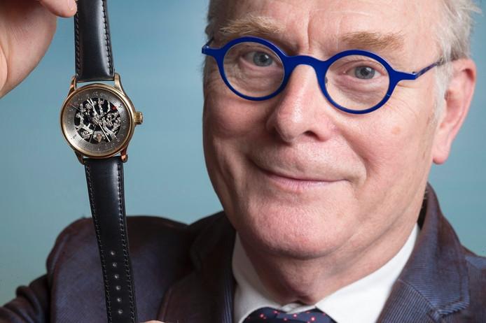 Willem van den Berg met het Van Gogh Horloge