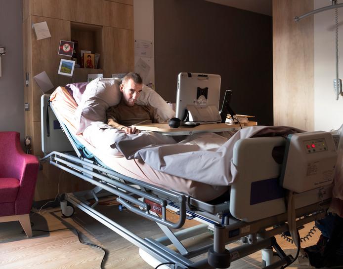 Fernando Ricksen in het hospice in Schotland.