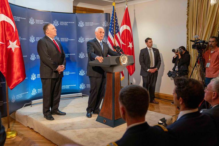De Turkse president kwam gisteren na urenlange gesprekken met de Amerikaanse vicepresident Mike Pence een pauze van vijf dagen overeen in de Turkse operatie in Noord-Syrië. Dat zou Koerdische strijders van de YPG de gelegenheid geven het gebied te verlaten.