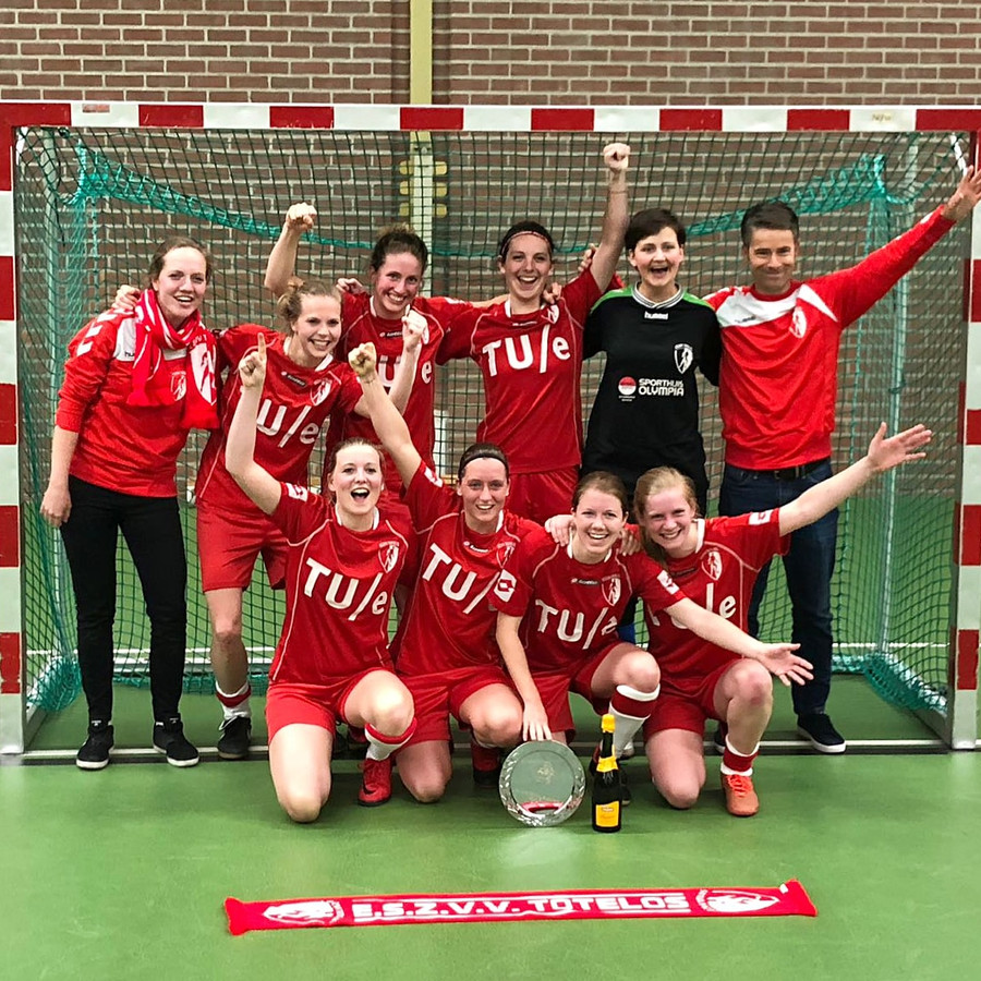 ESZVV Totelos is kampioen in de Hoofdklasse Zuid 1.