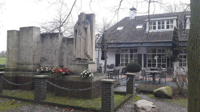Het monument bij het Peerke Donders Park in Tilburg.