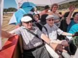 'Bejaardenboot' uit Borculo crosst over Zwarte Cross-terrein
