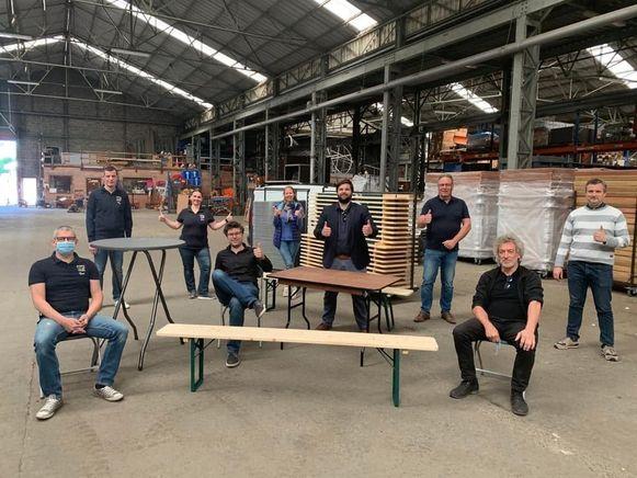 Vorige week werden maar liefst 600 nieuwe stoelen, 150 tafels, 30 biertafelsets en 30 statafels geleverd op de gemeentelijke technische dienst.