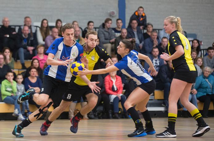 KV Wageningen-speler Jasper Broenink in actie in een eerder duel. Archieffoto.