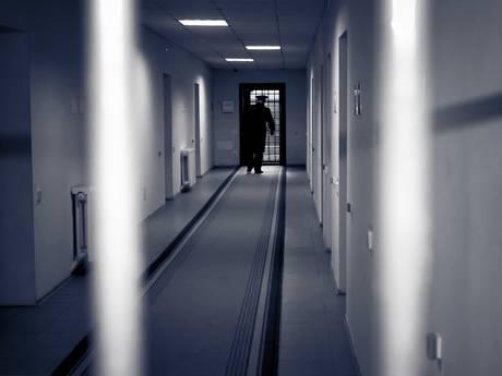Officier eist zes jaar cel voor mishandeling Eindhovense transgender in Best