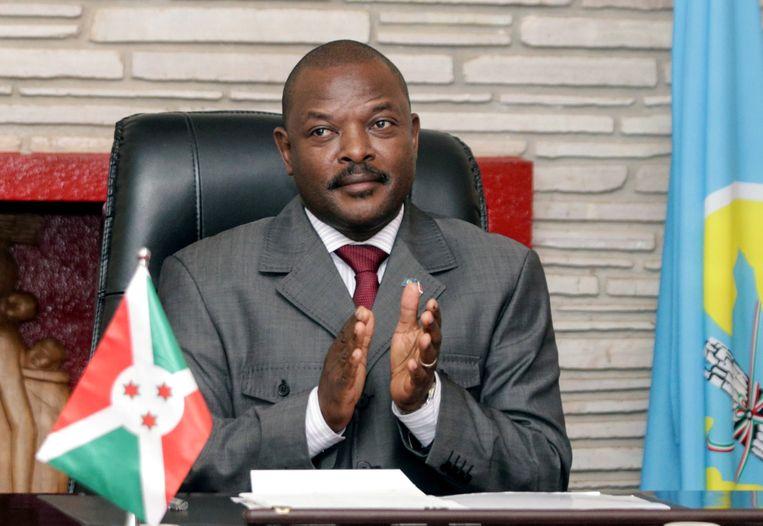 De Burundese president Pierre Nkurunziza is maandag op 55-jarige leeftijd overleden aan een hartaanval.