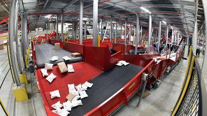 Nieuw sorteercentrum van bpost verwerkt tot 300.000 pakjes en 2,4 miljoen brieven per dag