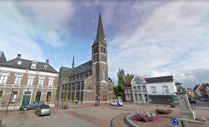 Markt in hartje Sas van Gent.