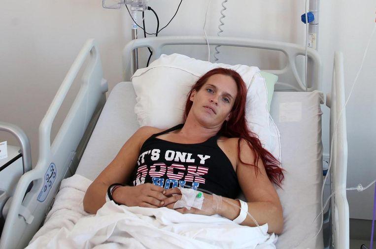 Marjolein Vandenbussche (32) kwam begin deze week met haar voet onder een minibulldozer terecht.