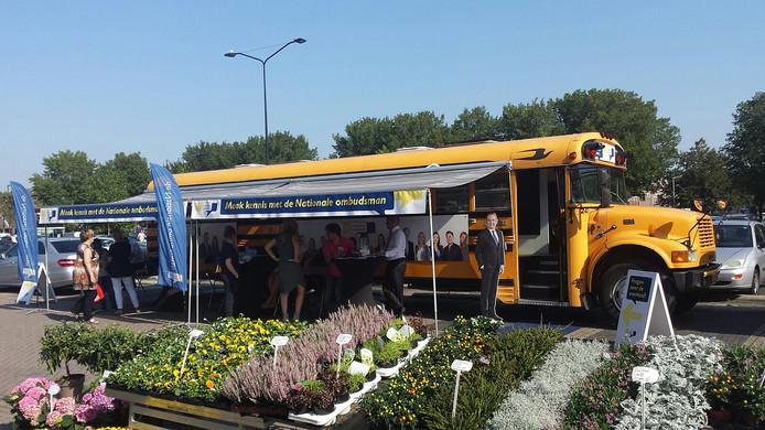 Gele bus ombudsman Noord-Brabant