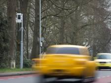 Flitspaal bij Harskamp heeft het drukker: ruim 3.000 automobilisten meer geflitst