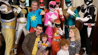 """Zieke jongen met Make-a-Wish te gast bij Power Rangers: """"Ik zag Elion zijn zorgen vergeten"""""""
