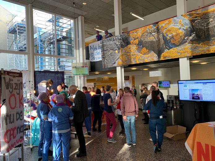 Staking bij ziekenhuis ZorgSaam in Terneuzen