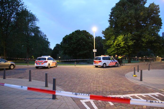 Na de melding over de schietpartij rukte de politie massaal uit.