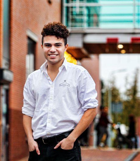 Lucas (19) viel bijna flauw bij audities voor The Voice: 'Ik was zó zenuwachtig'