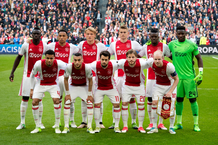 Ajax voor het duel met Lyon.