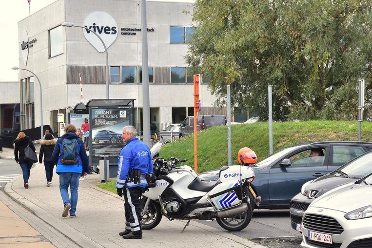 Niemand mocht het gebouw van Vives in Kortrijk een tijdlang betreden.