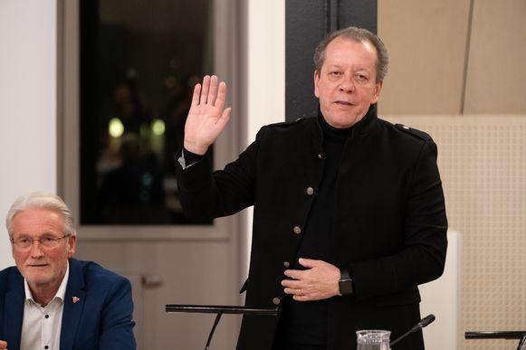 Ook zanger/presentator Walter Grootaers begint aan een nieuwe termijn in de gemeenteraad.