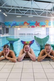 Zwemmen met een staart aan je benen; zeemeerminzwemmen maakt je blij