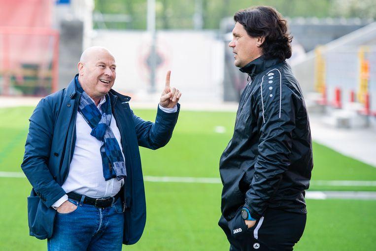Vedran Runje in conclaaf met Luciano D'Onofrio op de Bosuil.