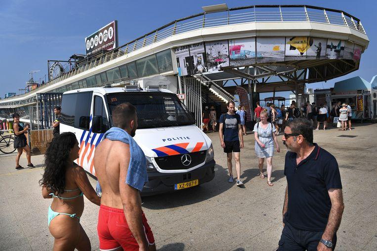 Bij het messteekincident op de Pier in Scheveningen overleed een 19-jarige Rotterdammer. Beeld Marcel van den Bergh / de Volkskrant