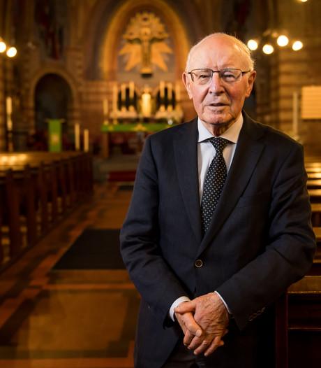 Jan Klein Zeggelink (85) 'Priester zijn was mijn diepste verlangen'