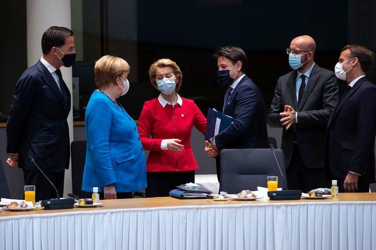 Premier Rutte kreeg veel aandacht, maar dat ging ten koste van het Nederlandse krediet bij andere Europese politici.  Beeld EPA