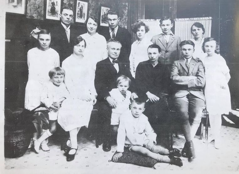 Maria Daens, dochter van Pieter, huwde met Jules Delaforterie.