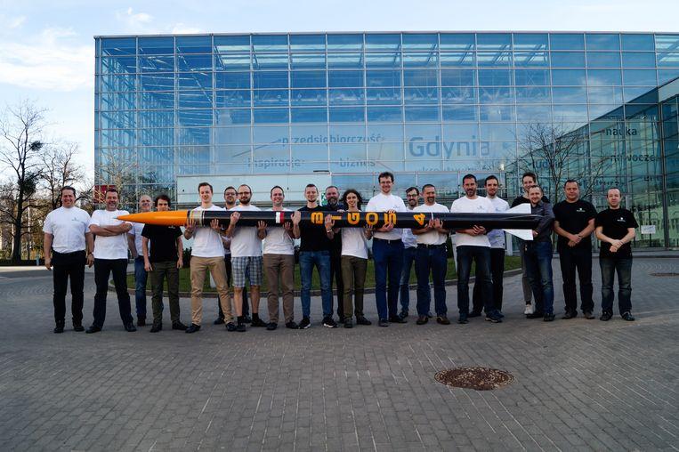 Team SpaceForest met hun Bigos4-raket in Gdynia, Polen. Beeld Ekke Overbeek