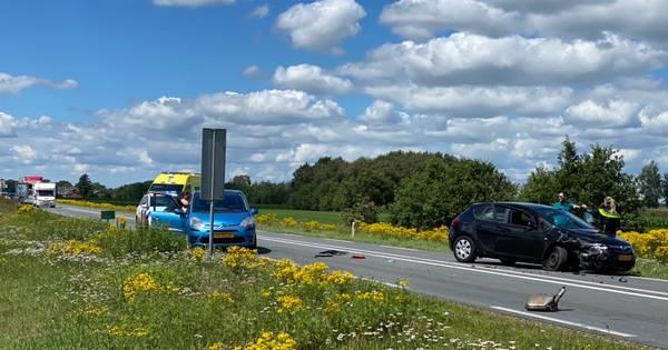 Veel schade en hinder na twee ongelukken op N35 tussen Wierden en Nijverdal.