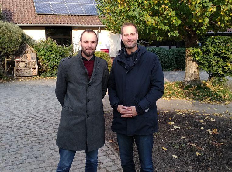 Schepenen Bart Dhondt en Arnaud Pinxteren.