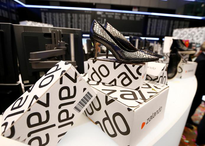 Nederlandse klanten bestellen nu schoenen en kleding bij Zalando, vanaf eind deze maand komen daar verzorgingsproducten bij.