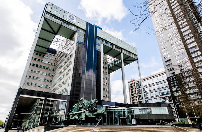 Het huidige kantoor van Unilever aan de Weena.