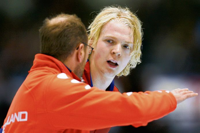 Heerenveen;Nederland;HEERENVEEN - Beorn Nijenhuis met coach Gerard Kemkers.