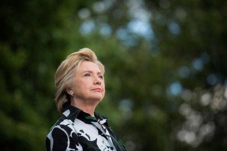Het feit dat Hillary Clinton haar man bleef verdedigen speelde in haar nadeel. Te veel begaan met haar eigen loopbaan. Maar tegelijkertijd ook te 'faux feministisch' om Bill met overspel weg te laten komen. Beeld VPRO