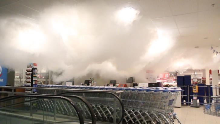 Brandmelding en poging tot inbraak in winkelcentrum In De Bogaard