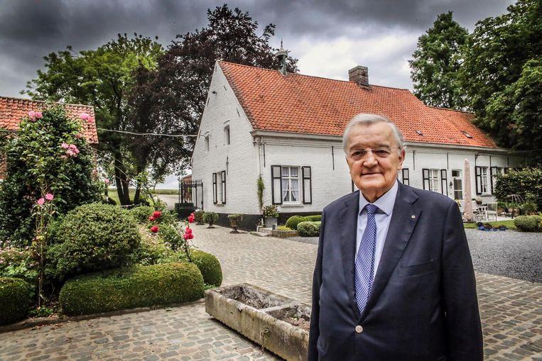 Ereburgemeester Victor Gerniers heeft zopas zijn tachtigste verjaardag gevierd en vindt het nu tijd om te stoppen met politiek.