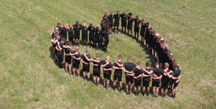 Young Boys herdenken de overleden teamgenote.
