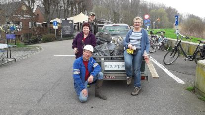 Dagje afval rapen op Rupeldijk goed voor aanhangwagen vol zwerfvuil