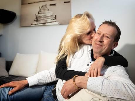 In Nederland is hij uitbehandeld, in Duitsland hebben ze hoop
