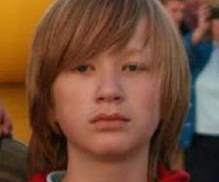De veertienjarige Jacob schoot in koelen bloede zijn moeder en broertje dood en zou zijn vader ook gedood hebben als hij nog thuis was geweest.
