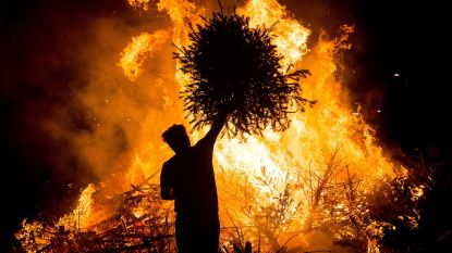 Oud-leiding Chiro Bevere verbrandt kerstbomen