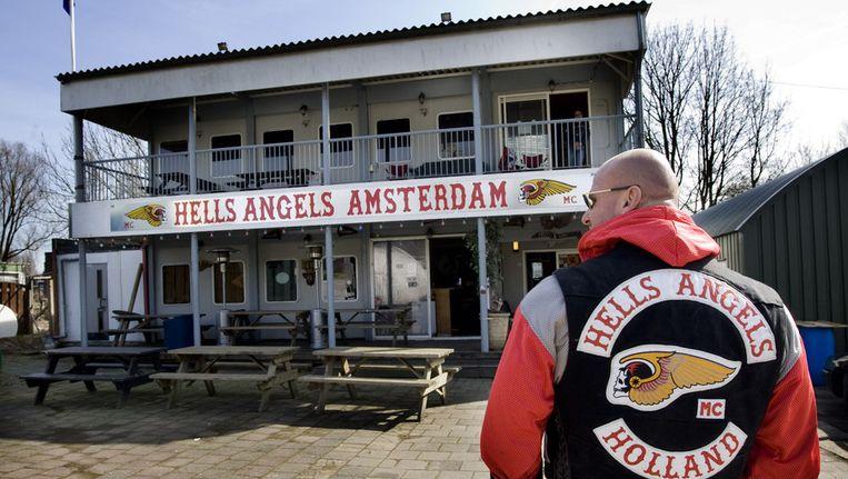 Het clubhuis van de Hells Angels, aan de H.J.E. Wenckebachweg in Amsterdam. © ANP Beeld