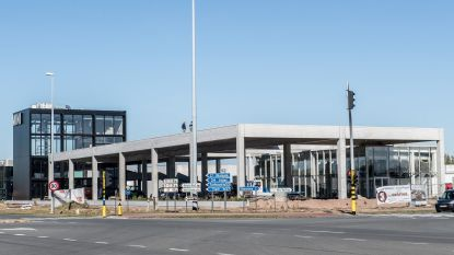 Autohandel palmt Rijksweg verder in