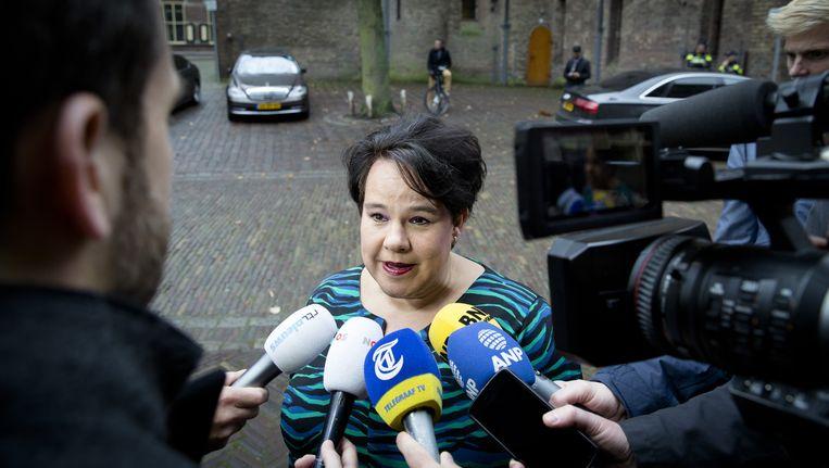 Staatssecretaris Sharon Dijksma (Luchtvaart) op het Binnenhof Beeld anp