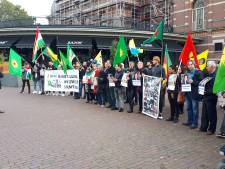 Arnhemse Koerden de straat op voor protest: 'Erdogan, stop de massamoord'
