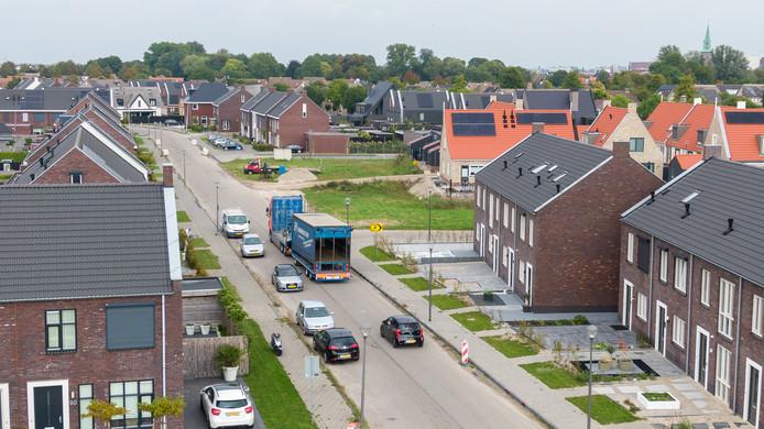 De dwars door de wijk lopende Tagweg is een van de geschilpunten tussen gemeente en projectontwikkelaar.