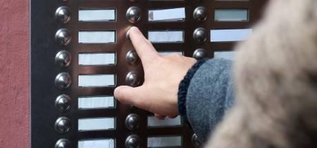 Thuiszorg TWB: 'Ouderen aan de voordeur opgelicht met personen-alarmering'