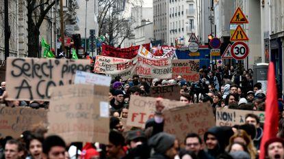 Massale betogingen in Frankrijk tegen beleid Macron