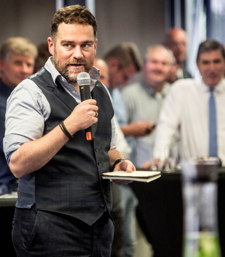 Klaas Dijkhoff reist het land door om kritiek in te winnen op eigen partij
